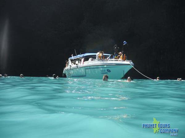 Phi Phi Island Bamboo Island by Speed Boat Premium Tour