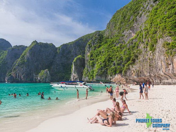 Phi Phi Island Bamboo Island by Speed Boat Tour