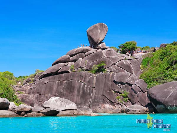 Simlan Islands Tour
